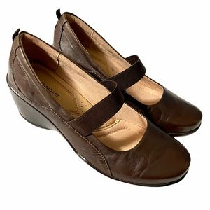 Naturalizer League Brown Leather Mary Jane Wedge
